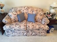 Pullout twin sofa bed