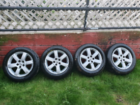 """4 nissan 17""""alloy wheels and tyres from a Nissan x trail but will fit"""