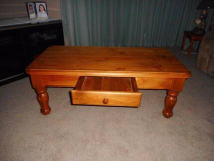 Coffee Table Very Solid VGC