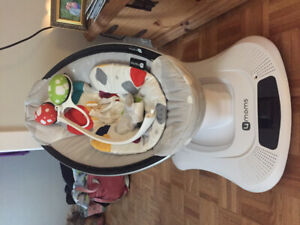 MAMAROO 4MOMS EEUC for sale / INFANT INSERT INCLUDED / NEW MODEL