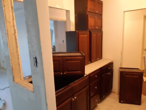 Kitchen cabinets for sale . 400$