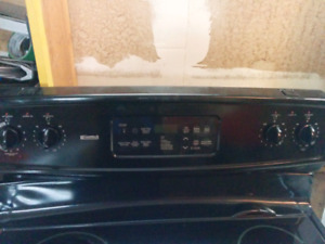 Poil Kenmore 200$/ Kenmore Stove stainless 200$