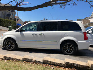 2012 Chrysler Town & Country Limitée Fourgonnette