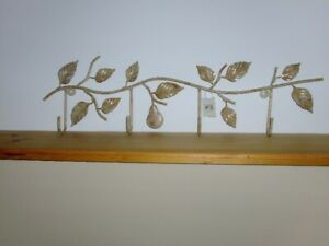 COAT RACK PEAR HANGING(NEW/NEVER USED)