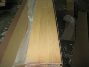"SOLID MAPLE NATURAL 3 1/4"" BEAUTIFUL FLOORING West Island Greater Montréal image 1"