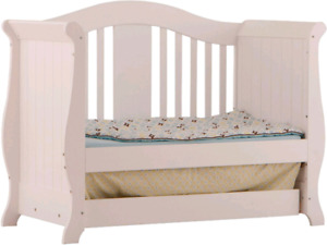 White Daybed or double bed