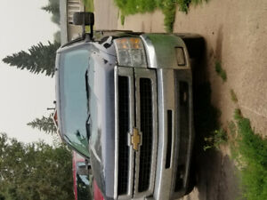 2008 gmc HD2500 FOR SALE...all leather interior...good condition