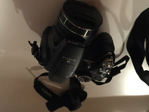 Fujifilm Finepix S camera and case