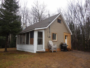 10 Acres with 3 BR Cottage Peterborough Peterborough Area image 2
