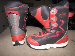 Kids Sz 5 Liquid Hot Rod Jr. Snowboard boots