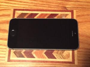 XMAS IPhone Deal 5S 16gb Black