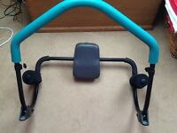 Ab trainer / roller exerciser