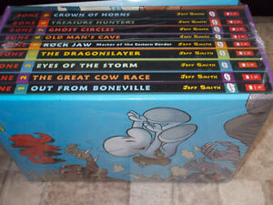 Complete Bone series, 1-9 -boxed set-NEW-Jeff Smith + inflatable