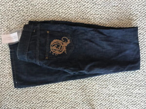 NEW WITH TAGS Alexander McQueen Women Denim Size 42