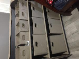 Storage shelf with bins