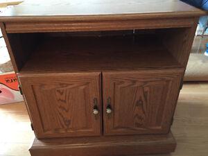 Small Oak TV Table