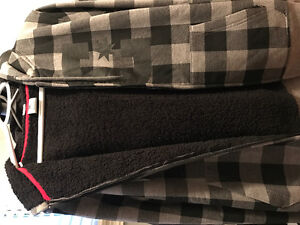 DC plaid jacket