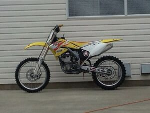 04 Rmz 250 all original plastics,
