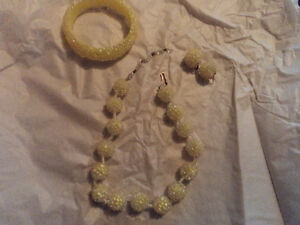 Vintage Yellow Sugar Beads Necklace, Earrings & Bracelet