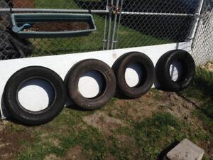 pneu a vendre 185 70 14