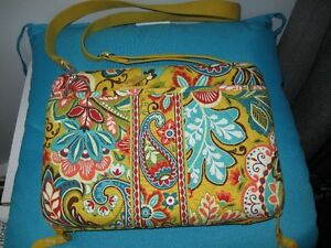 Like new Vera Bradley ipad hard case