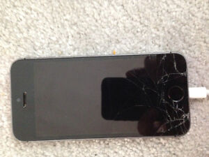 IPhone 5s with cracked screen