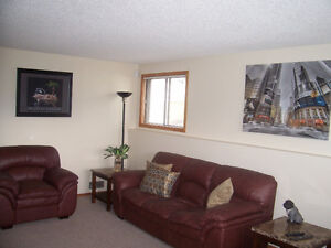 Beautiful fully furnished suite with garage -utilities included! Edmonton Edmonton Area image 4