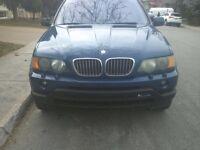 2000 BMW X5 4.4i (186,000km)