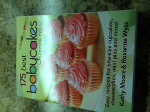 Baby cakes and Cake Balls  Appliances  with Cookbooks