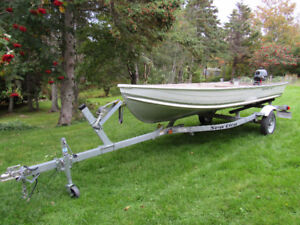 2013 14ft Smokercraft aluminum boat with motor and trailer