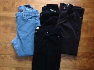 4 pairs of Womens GAP corduroy pants 2 skinny, 2 boot cut SIZE 3