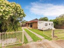 Low Deposit Home- For Sale By Owner- Open 2 View 20/02/16 Melton South Melton Area Preview