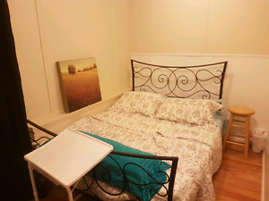 Room for rent in Divers lake area