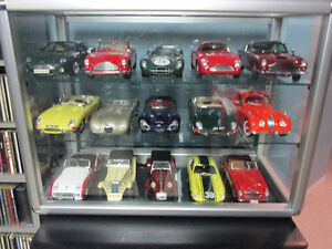 200 1/18 scale diecast cars for sale