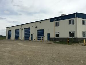 GREAT Commercial Office and Shop FOR LEASE- Rocky Mountain House
