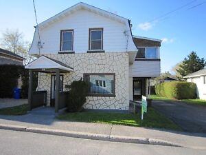 Maison 2 étages à vendre Aylmer
