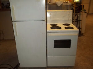24in wide fridge stove fridaire can delivery