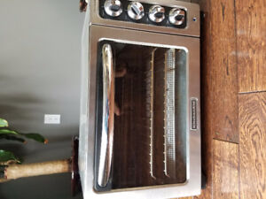 "12 "" Kitchen Aid convection oven/toaster oven"
