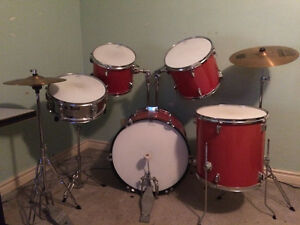 Westbury Cherry Red 5 Piece Drum Set/Kit - Good Condition