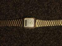 Casio retro gold watch £10