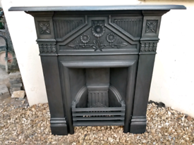 Victorian / Edwardian cast iron fireplace