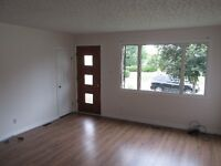 Three Bedroom Upstairs of House-Minutes Walk from Hospital