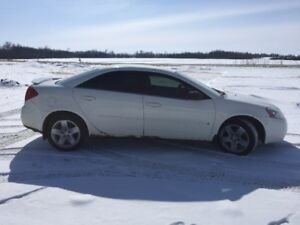 Pontiac G6-PRICE REDUCED ** BRAND NEW WINTER TIRES**