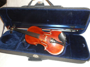 RARE  True Left Handed Violin / Fiddle
