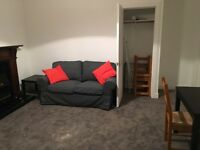 Spacious 1 double bedroom flat for rent, available immediately. Canaan Lane