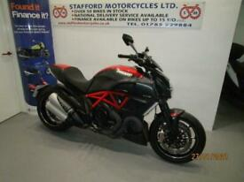 DUCATI DIAVEL CARBON EDITION. STUNNING BIKE. STAFFORD MOTORCYCLES LIMITED