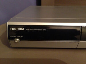 Toshiba DVD Player Stereo Tv Movie Play Rental Travel Cottage Oakville / Halton Region Toronto (GTA) image 7