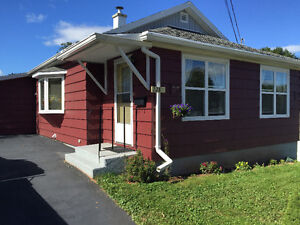 2 bedroom house on King st Truro