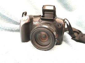 Canon Powershot SX10IS Camera