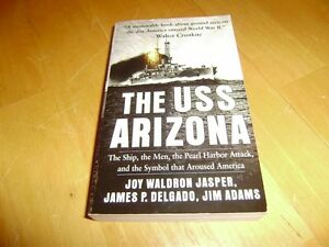 USS ARIZONA KEY CHAIN AND BOOK Windsor Region Ontario image 2